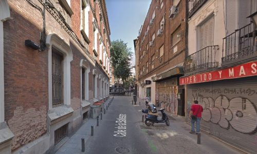 calle hacia corredera